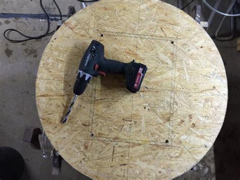 stehbiertisch biertisch aus restlichen osb platten bauen