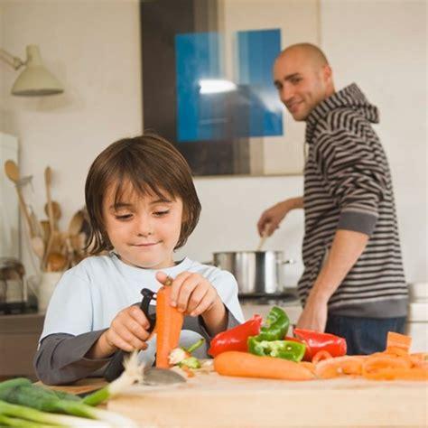 les enfants qui cuisinent moins difficiles 224 table