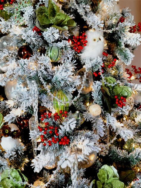free 15 christmas tree decorating ideas realistic objects
