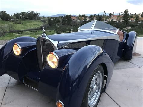 replica bugatti this kit car looks like a 1930 s bugatti and costs almost 70k