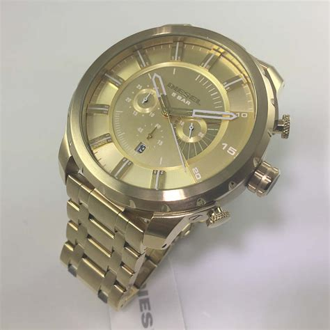 diesel stronghold oversized chronograph gold dz4376