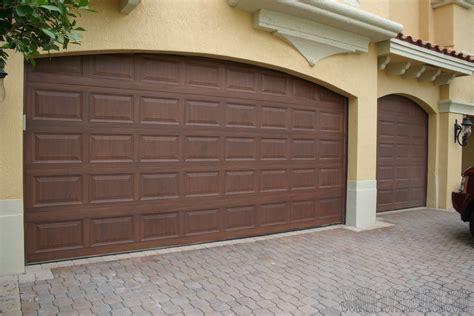 Garage Door Metal Few Remodeling Ideas With Sone Veneer And Veneer Brick