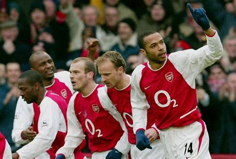 arsenal unbeaten squad 5 reasons why arsenal have not been a big club since the