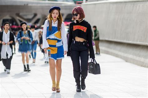 Fashion News Weekly Up Ebelle5 4 by Gallery Streetstyle Photos During Seoul Fashion Week