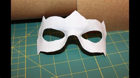 How To Make A Robin Mask Out Of Paper - worbla tutorial how to make a mask robin