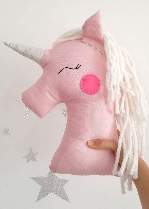 almohadas de unicornio las 25 mejores ideas sobre peluches de unicornio en