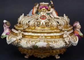 Old Vase Markings 19th Century Hand Painted Porcelain Meissen Dresser Box