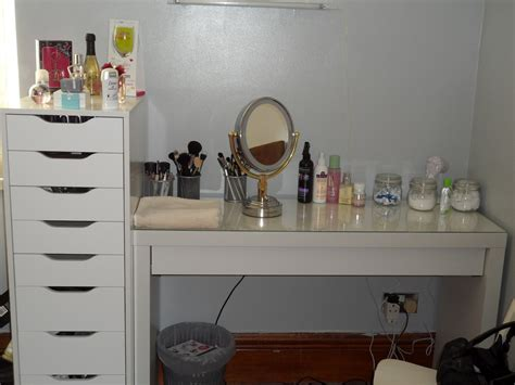 vanity desk with drawers makeup vanity with mirror designwalls com