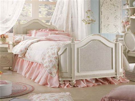 cute vintage bedrooms bloombety vintage bedroom decor ideas with cute design