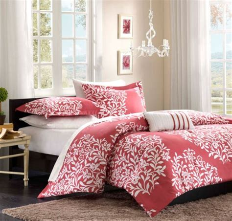 Trendy teen girls bedding ideas with a contemporary vibe collector