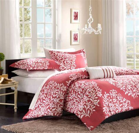 Bolder shade of pink when choosing bedding for a teen girls room