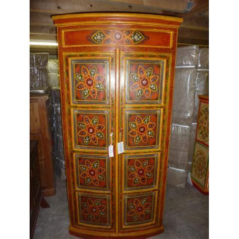 armoire textile armoire portes bomb 233 es orange peinte 224 la meubles