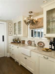 kitchen cabinets cream the 25 best ideas about cream kitchen cabinets on