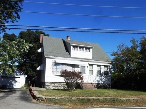 Houses For Sale In Methuen Ma by Methuen Ma Single Family Homes For Sale 154 Homes Zillow