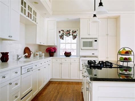 all white shaker cabinets kitchen designs home white shaker kitchen cabinets home design traditional