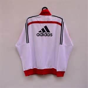Jersey Bayern Munchen Home 1314 Retro ac milan 13 14 brilian muda jersey corner