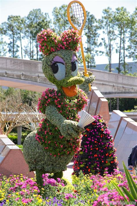 Tour The Epcot International Flower And Garden Festival Flower Garden Festival