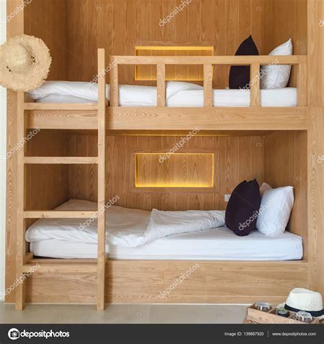 chambre enfant lit superposé lit blanc couronne adulte