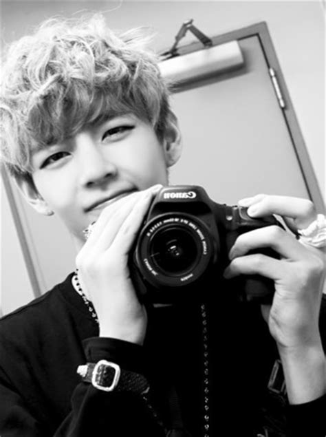 kim taehyung camera bts images kim taehyung v wallpaper and background