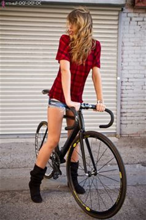 hot girls on fixie bikes 1000 images about fixie girls on pinterest fixie fixed