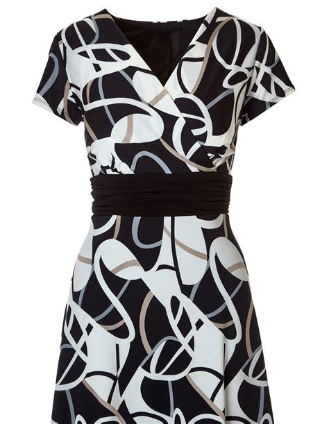 Geometric Print A Line Dress geometric print a line dress cleo