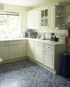 Kitchen makeover before