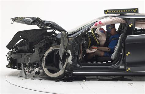 Tesla Model S Crash Test Tesla Model S Misses Top Safety Rating By Insurance