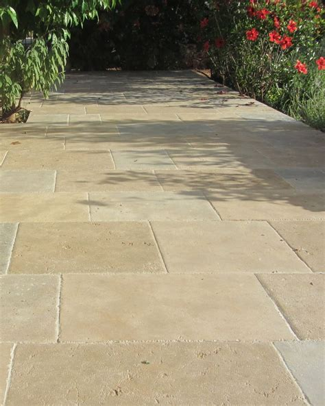 Limestone Patio Pavers 25 Best Ideas About Limestone Patio On Traditional Planter Accessories