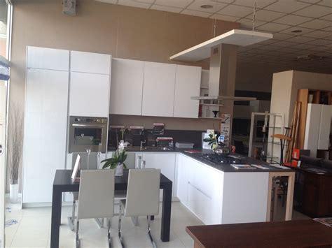 cucina snaidero orange cucina snaidero orange scontato 68 cucine a prezzi