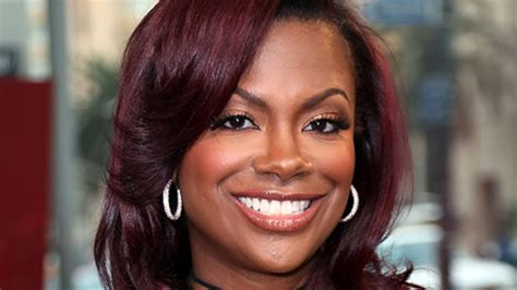 kandi burruss hair line kandi burruss hair line essence exclusive kandi burruss