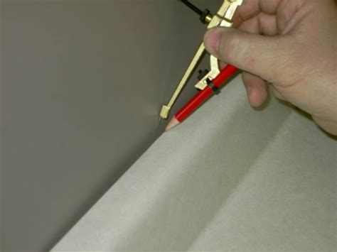 How To Scribe Countertop by How To Scribe A Laminate Countertop To Fit Tight Against A