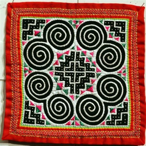 hmong pattern meaning meer dan 1000 idee 235 n over hmong tattoo op pinterest