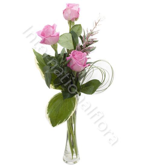 consegna di fiori a domicilio consegna fiori a domicilio tre rosa