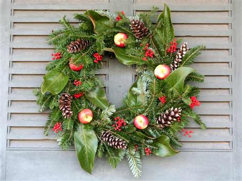 christmas wreath decoration christmas wreath decoration