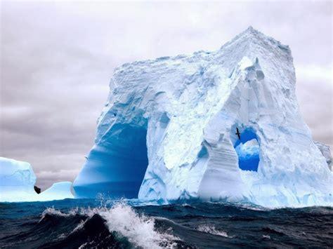 frozen waves wallpaper frozen waves in antarctica car interior design