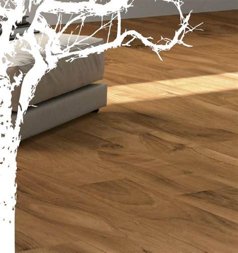iva piastrelle oltre 25 fantastiche idee su colori pavimento in legno