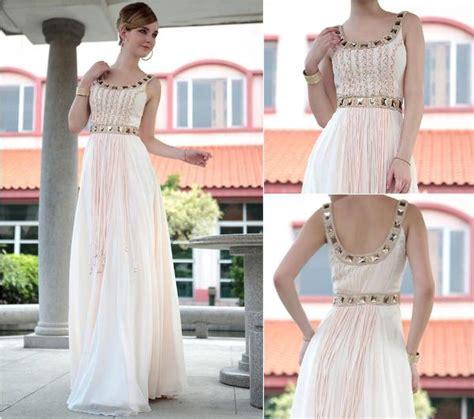 abiye elbiseler beyaz moda abiyejpg kırık beyaz abiye elbiseler