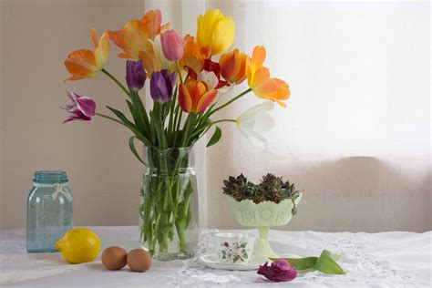 watercolor tutorial still life tulip bouquet still life watercolor painting