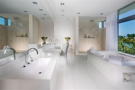 white luxury bathrooms white house