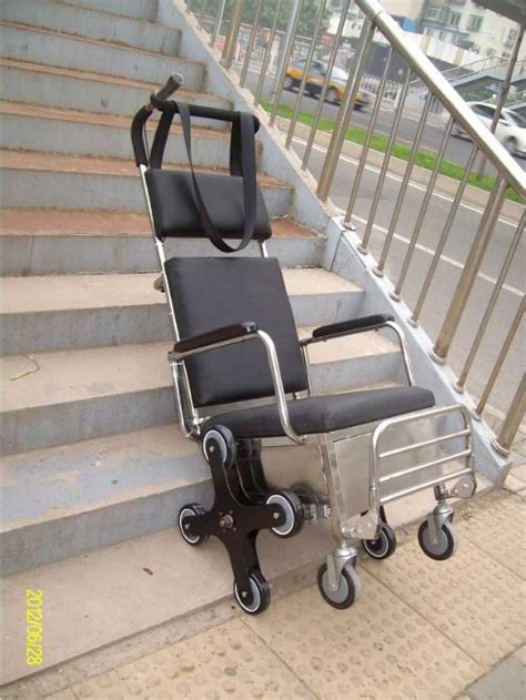 fauteuil pour escalier 78 id 233 es 224 propos de fauteuils roulants sur re pour fauteuil roulant salle de