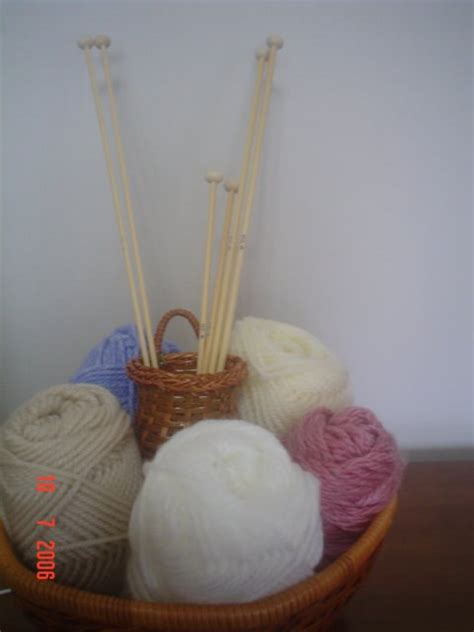 tutorial merajut dengan dua jarum merenda crochet dengan benang bedanya dengan merajut
