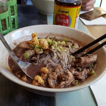 pye boat noodle new york ny pye boat noodle 50 photos thai yorkville new york
