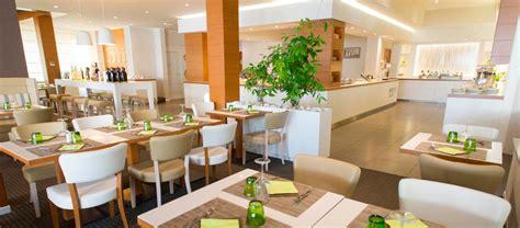 hotel avec cuisine h 244 tel avec restaurant 224 viserbella d 233 couvrez la bonne