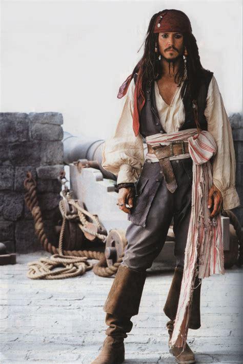 johnny depp as captain jack sparrow jack sparrow s costumes johnny s movies