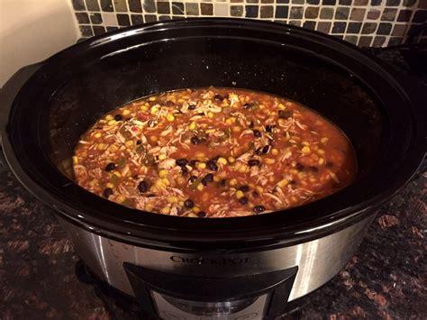 easy mexican chicken tortilla soup crock pot 5 ingredient