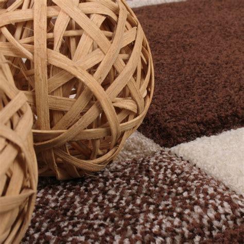 teppich fußbodenheizung geeignet alfombra de dise 241 o perfilado a cuadros beige marr 243 n