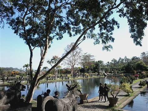Tirta Dangerous bali tour bali driver bali tour package tirta gangga water palace bali
