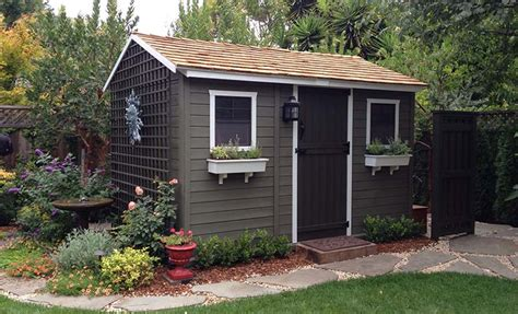 Decorated Garden Sheds by Building A Decorative Garden Shed Olt