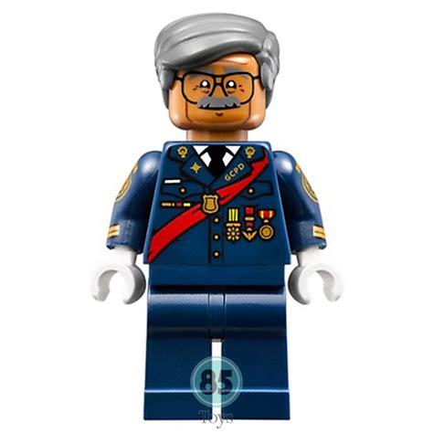 Lego Minifigures Series Batman Commissioner Gordon Minifigure lego batman commissioner gordon minifigure from set 70908
