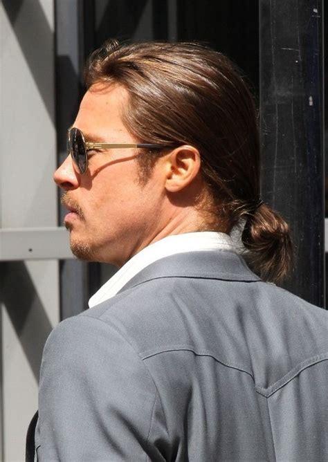 mens poney tail styles brad pitt haircut stylish casual ponytail for men